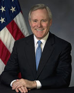Image - U.S. Navy Secretary Ray Mabus